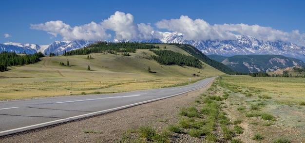 Чуйский тракт - дорога в горах алтая