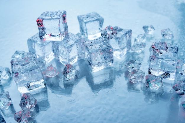 Куски льда для напитков