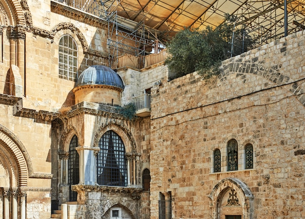 Church of the holy sepulchre in old city
