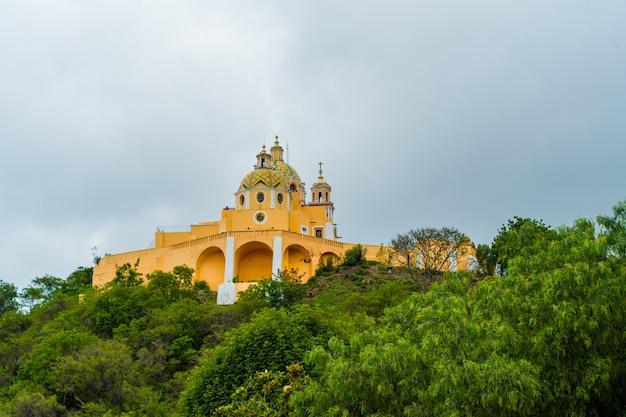 メキシコのチョルラにある救済の聖母教会。