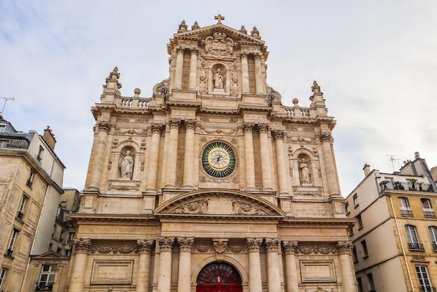 프랑스 파리의 saint-paul-saint-louis 교회