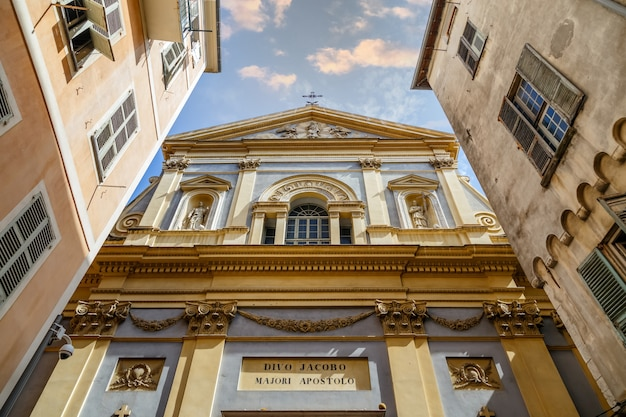 Церковь сен-жакль-мажор церковь джезу в старом городе ниццы, франция, построенная в 1650 году