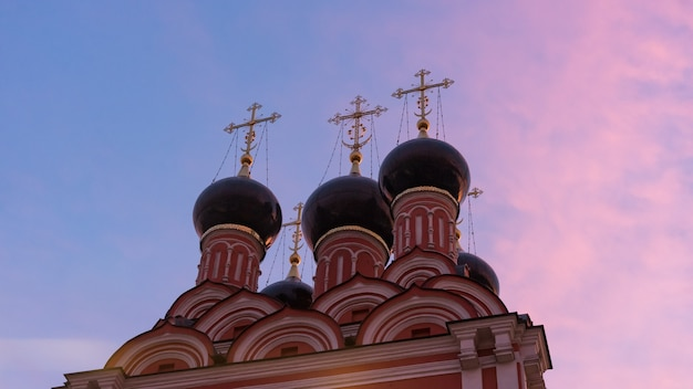 Church of st. nicholas after sunset, taganskaya square, moscow, russia.