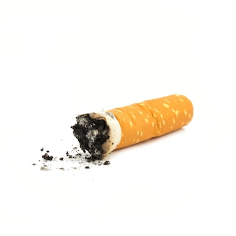 담배 버트 흰색 배경에 고립