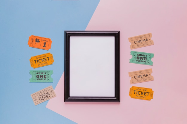 Билеты в кино и рама