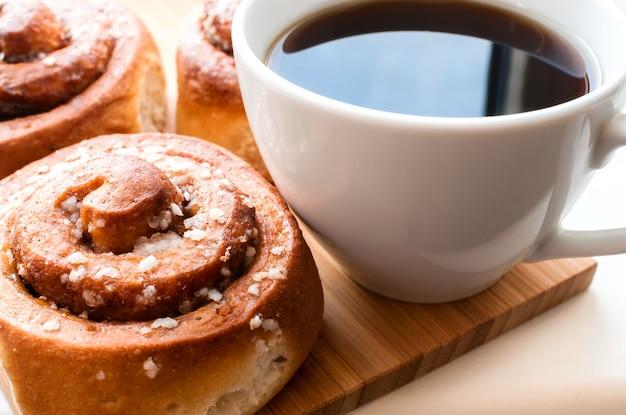 Cinnamon rolls with coffee.