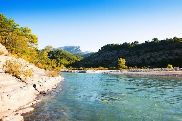Река горы. cinqueta