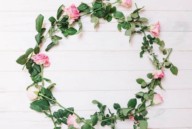 ピンクのバラの輪