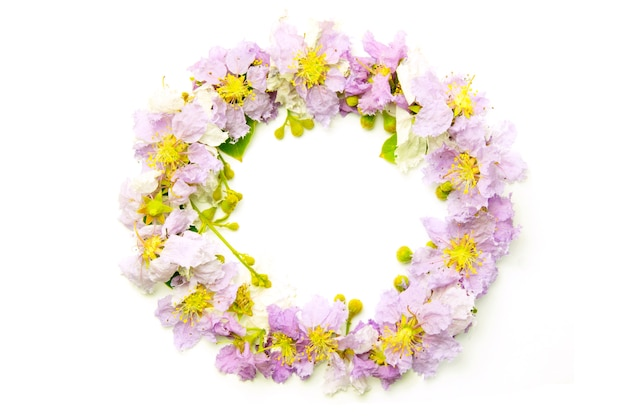 Circle purple floral isolated on white background. purple flowers border frame.