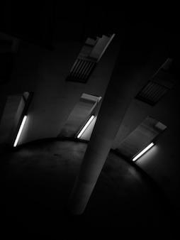 中央に柱のある円形の部屋