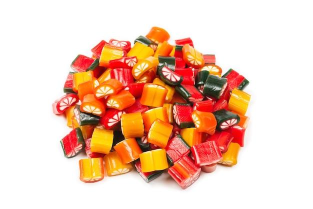 柑橘系のカラフルなキャンディー。ゼリー菓子、上面図。