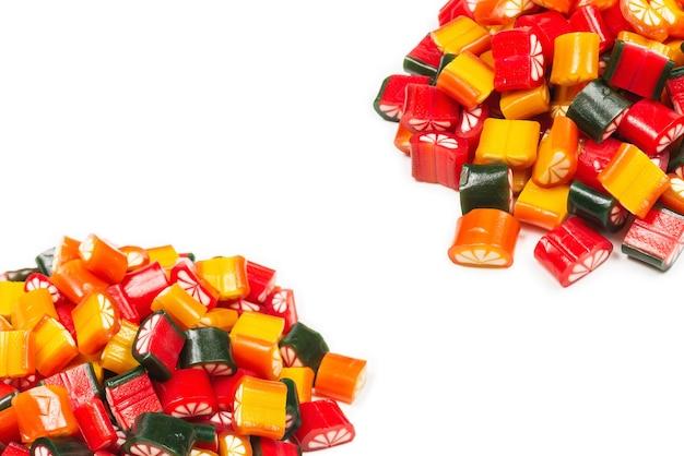柑橘系のカラフルなキャンディー。ゼリースイーツ、上面図。