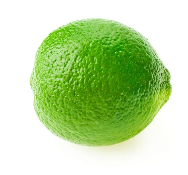 Цитрусовые плоды лайма, изолированные на белом фоне