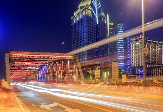 Городской ночной вид