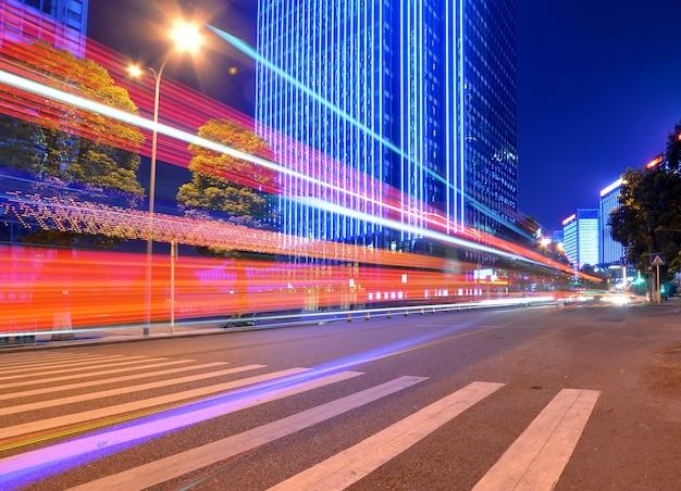 Эффект скорости движения с помощью city night