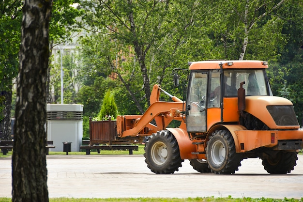 City transport service is engaged in greening city streets for ecology
