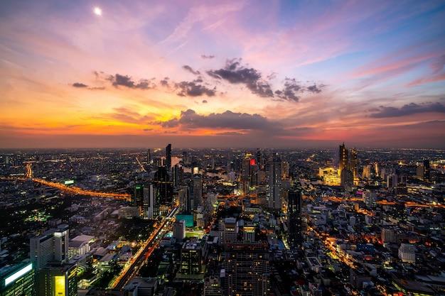 도시와 태국 방콕시의 스카이 라인
