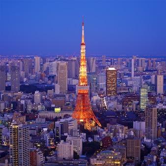 Городской пейзаж токио с токийской башней