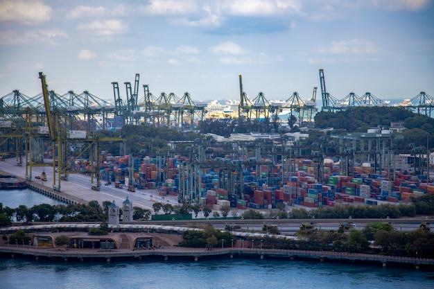 도시 풍경 항구