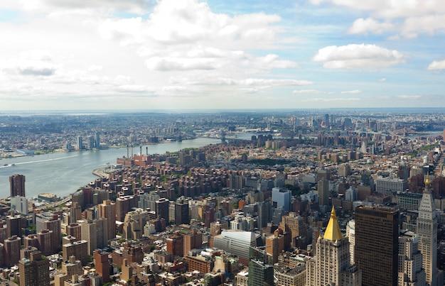 Cityscape view of manhattan, new york city.
