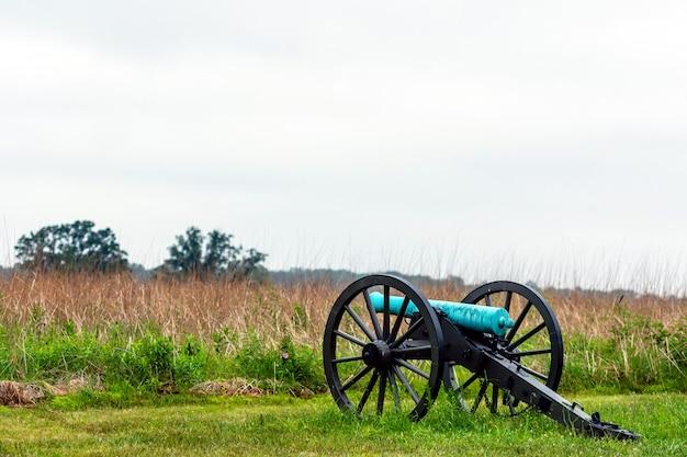 A civil war canon on the gettysburg national military park, gettysburg