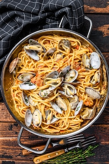 Clams vongole seafood pasta spaghetti in a pan
