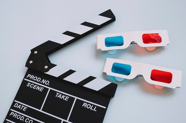 Clapperboard and two 3d glasses