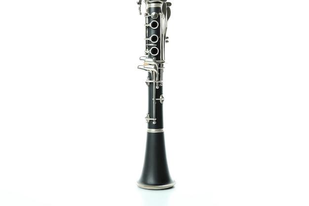 Музыкальный инструмент кларнет, изолированные на белом фоне