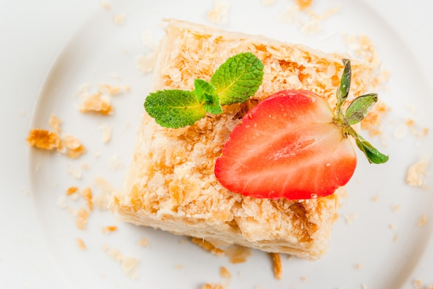 Classic cake - napoleon or millefeuille
