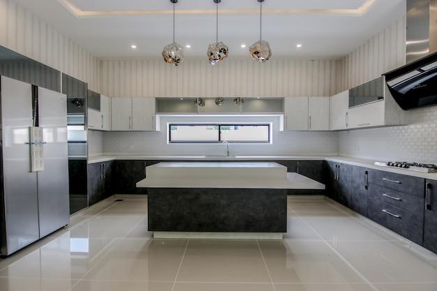 Classic & luxury kitchen