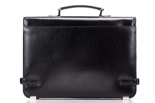 Классическая мужская деловая сумка крупным планом на белой поверхности
