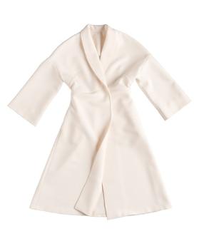 Классическое женское пальто на белом фоне
