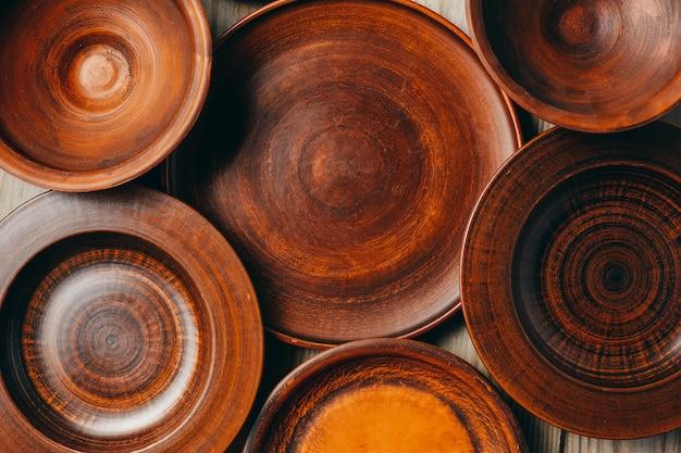 Группа глиняной посуды