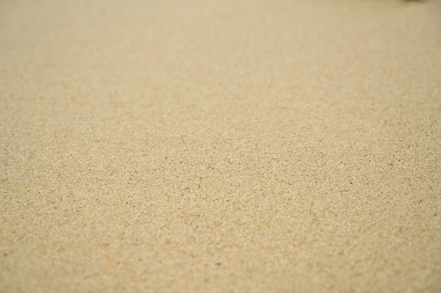 Чистый песчаный пляж на открытом воздухе полный кадр