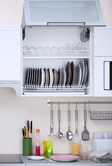 キッチンのきれいな食器