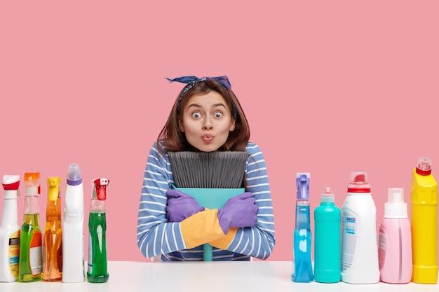 청소 및 집안일 개념
