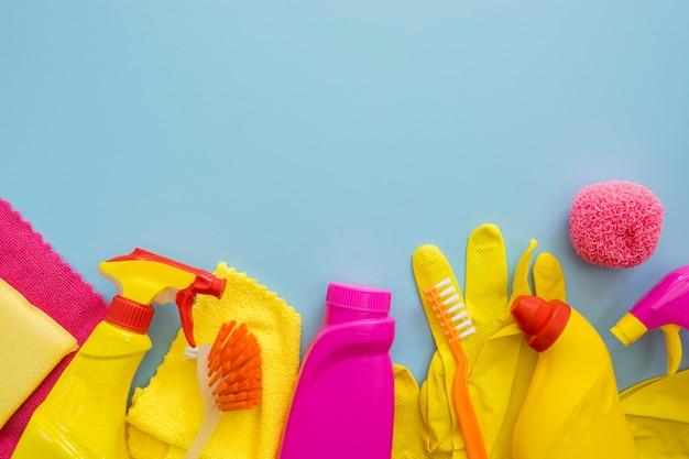 Чистящие и моющие средства с копией пространства