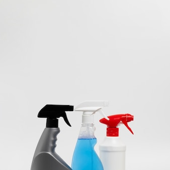 Cleaning concept with spray bottles