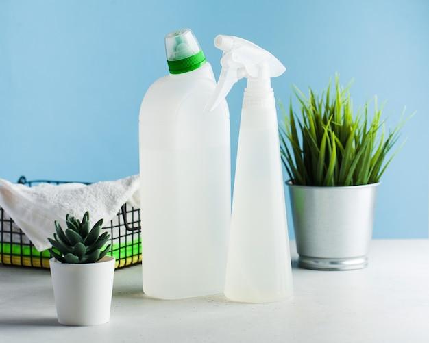 家の掃除、消毒のための掃除用品