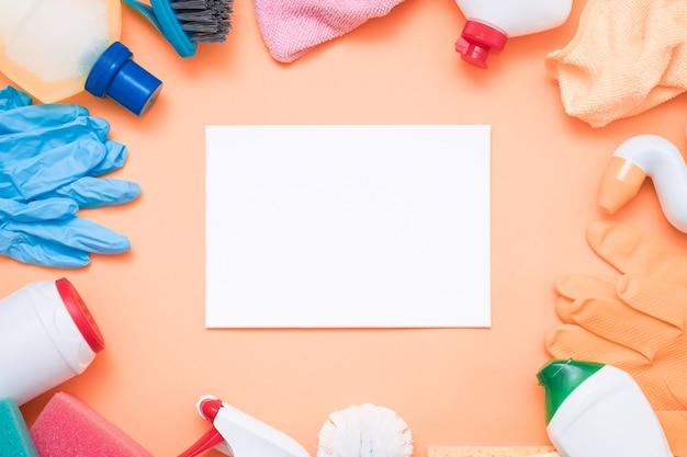 청소 제품 쇼핑. 다양한 프레임 공급