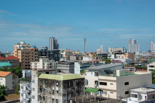 방콕의 맑은 하늘