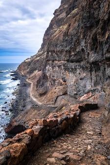Скалы в кабо-верде