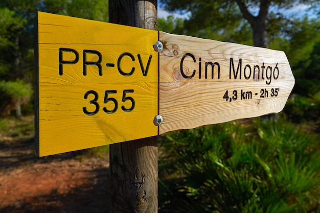 Climb to montgo mountain track road sign