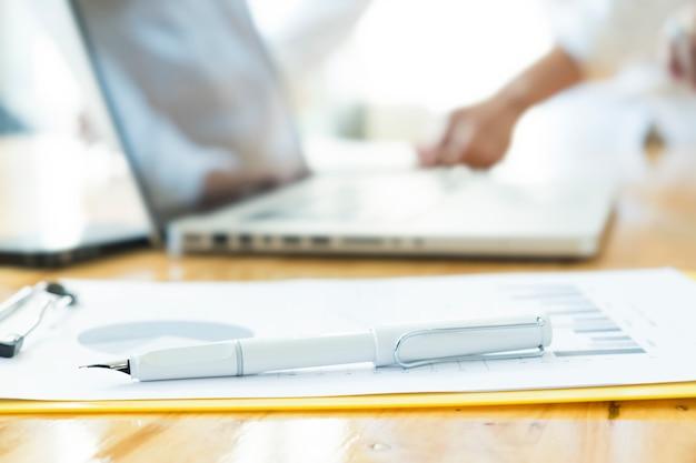Clipboard signature working occupation masculine pencil