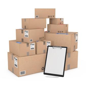 白い背景の上の商品のヒープボックスの近くに白紙のモックアップとペンでクリップボード。 3dレンダリング