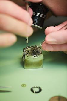 時計メーカー修理時計
