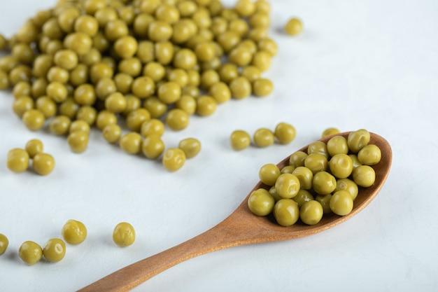 緑のマリネしたエンドウ豆の写真をまとめます。
