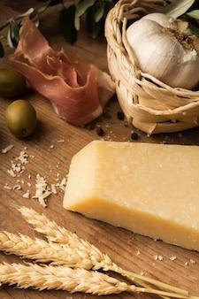 Clos eup parmesan wheat and garlic