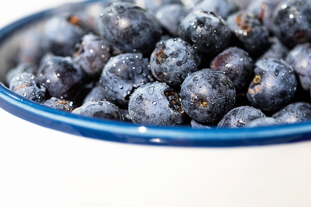 Close-up blueberries in bowl