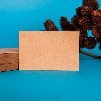 Макет крупным планом карточной визитной карточки